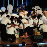 Jovens dedicam suas vidas a Deus