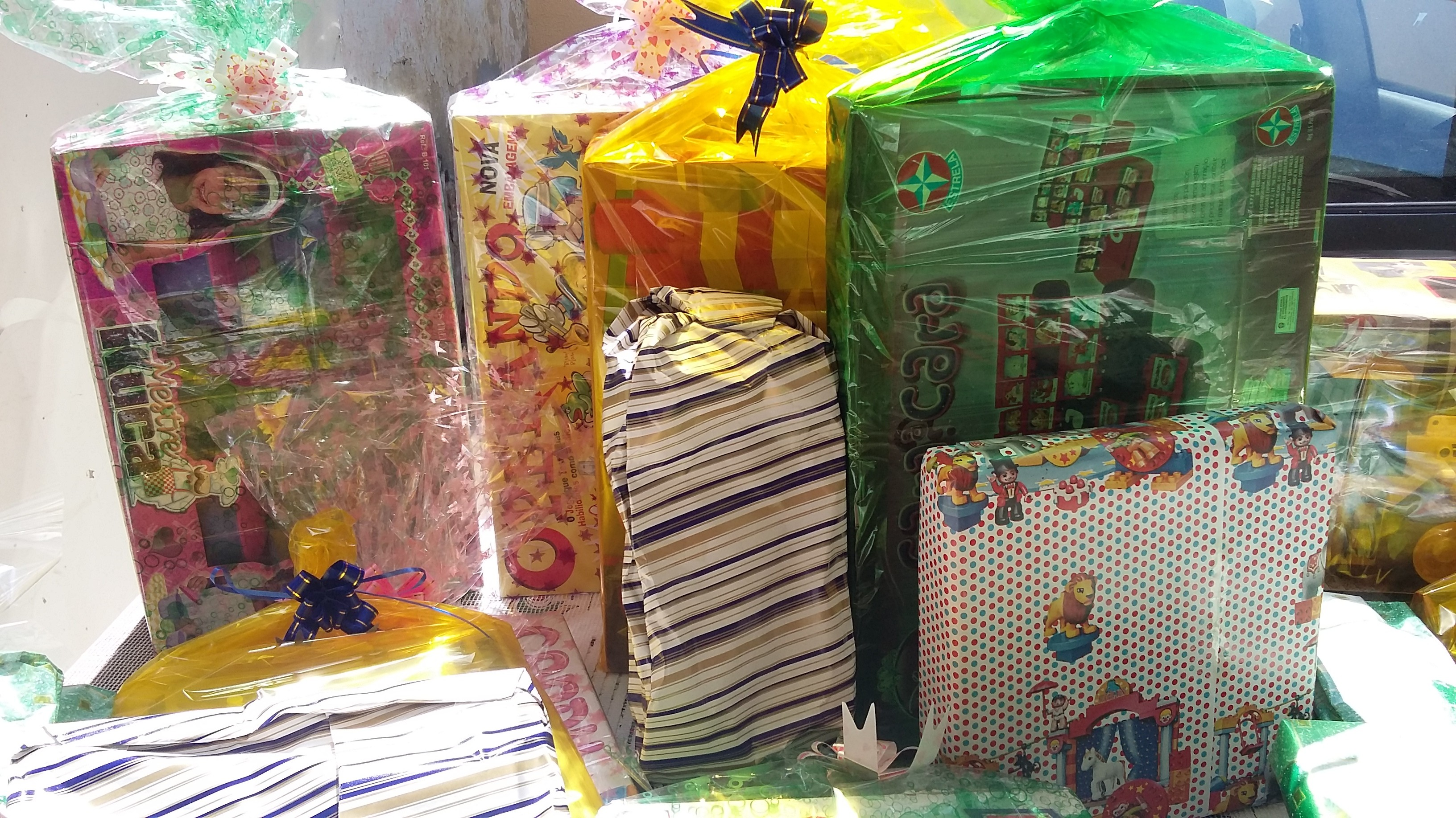 Brinquedos para distribuição