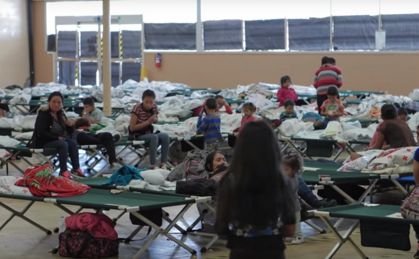 Exército de Salvação e outras denominações dão assistência à imigrantes ilegais nos Estados Unidos