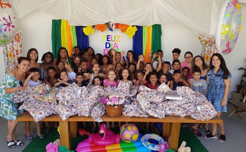 Exército de Salvação entrega presentes para 155 crianças